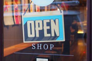 Three brains e-Commerce symbolic open shop sign